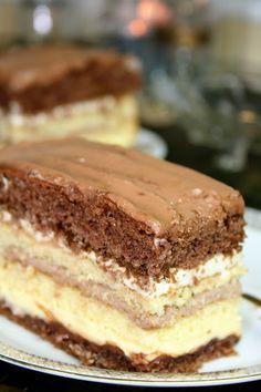 Excellent cake with three creams sio-sorrows! Monika from the kitchen, Food And Drinks, Excellent cake with three creams sio-sorrows! Monika from the kitchen. Polish Recipes, Fika, Baking Tips, Coffee Cake, Tiramisu, Cake Recipes, Food And Drink, Sweets, Cream