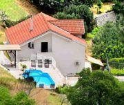 Ferienaus mit Pool in Klis bei Split für bis zu 13 Personen