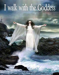 ✯ I Walk with the Goddess ✯