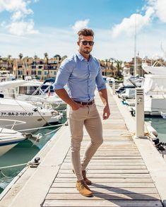 Moda masculina: como combinar a cor azul Look masculine with blue shirt matching with light beige pa Grey Fashion, Daily Fashion, Mens Fashion, Fashion Trends, Color Fashion, Classy Fashion, Fashion Killa, Stylish Men, Men Casual
