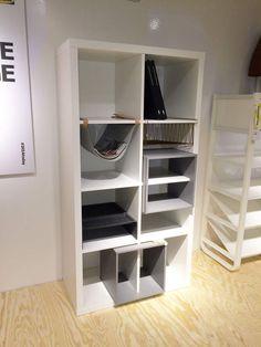 Flexible Storage : l'insert Kallax Diy Storage Boxes, Toy Storage, Craft Storage, Catalogue Ikea, Bookshelves In Living Room, Portable Closet, Ideas Para Organizar, Apartment Furniture, Decoration