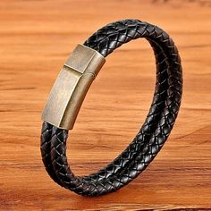 jewelry diy for men Men's Jewelry Rings, Charm Jewelry, Male Jewelry, Leather Buckle, Leather Men, Swag, Mens Braids, Gifts For Horse Lovers, Diy For Men