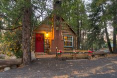 Enjoy this little studio with a full kitchen, large back deck with BBQ and real wood burning fireplace for less than a Motel 6! $79 mid-week...http://www.pinerose.com/winter-mid-week-special-pine-rose-cabins/