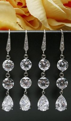 bridesmaid earrings. love!