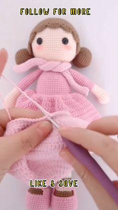 Crochet Rabbit Free Pattern, Doll Amigurumi Free Pattern, Crochet Amigurumi Free Patterns, Crochet Animal Patterns, Amigurumi Doll, Crochet Ideas, Magic Loop Crochet, Crochet Doll Tutorial, Crochet Simple