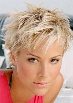 Pin By Anitra On Pixie Styles In 2019 Hair Cuts Messy Short Hair – messy hairstyles pixie messy hairstyles quick Short Grey Hair, Short Hair With Layers, Short Hair Cuts For Women Over 50, Short Pixie Hair, Short Hair Over 50, Fine Hair Pixie Cut, Short Haircuts Over 50, Short Textured Haircuts, Short Choppy Haircuts