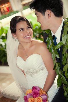Jennifer & Toby | rachelrobertson.com | Halekulani Hotel | Oahu, HI