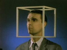 O Talking Heads sempre foi conhecido pelo experimentalismo e seus videoclipes são um desfile de preciosidades > http://ads.tt/1A9XB