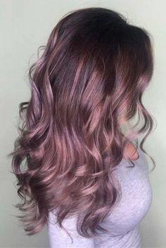 Chocolate lilac hair: how miraculous it looks, don't you think? This new hair … - Hair Style Hair Color 2018, Ombre Hair Color, Cool Hair Color, Purple Hair, 2018 Color, Burgundy Hair Ombre, 2018 Hair Color Trends, Metallic Hair Color, Plum Hair