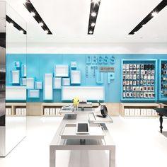 Visually stunning store concept in Shenzhen, China « Adelto Adelto Shenzhen China, Retail Design, Visual Merchandising, Contemporary Furniture, Furniture Design, Dining Table, Concept, Store, Interior