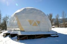 36 Display Dome Snow Window 300x200 Geodesic Domes in Severe Weather