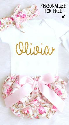 Newborn Baby Girl Clothes, Personalized Onesie, Personalized Baby Girl Onesie, Monogrammed Onesie, Baby Girl Take Home Outfit, Newborn Girl Coming Home Outfit, Gender Reveal Onesie #genderrevealonesie #personalizedonesie #monogrammedonesie #babygirlclothes
