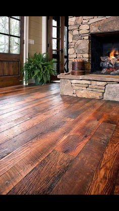 Southern Accents in Cullman, AL has old barn wood and makes this flooring! I like the flooring, fireplace and doors Future House, My House, Old Barn Wood, Log Homes, Home Fashion, My Dream Home, Home Remodeling, Beautiful Homes, Sweet Home