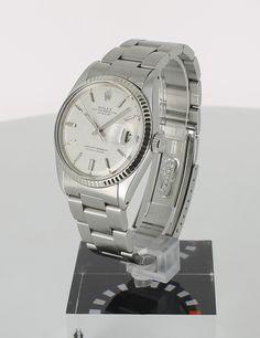 Rolex Oyster Perpetual Datejust en vente sur lacparis.com #rolexoysterperpetualdatejust #swisswatches #auctioneerlacparis.com