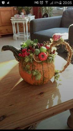 14 Fantastic DIY Pumpkin Decorating Ideas To Decorate Your Home . - 14 fantastic DIY pumpkin decorating ideas to beautify your home decor - Thanksgiving Diy, Thanksgiving Decorations, Halloween Decorations, Harvest Decorations, Table Decorations, Autumn Decorating, Pumpkin Decorating, Decorating Ideas, Fall Home Decor