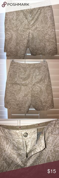 Paisley shorts Bermuda shorts, khaki & white. Comfort stretch waist. Never worn. Purchased at Dillard's. NWOT Intro ❤️love the fit Shorts Bermudas