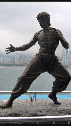 Hong Kong's bronze statue of Bruce Lee.