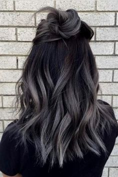 Best ombre hair looks that diversify common brown and blonde ombre hair 1 Hair Color Dark, Blonde Color, Cool Hair Color, Grey Hair Dark Roots, Trendy Hair Colors, Different Hair Colors, Hipster Hair Color, Unique Hair Color, Short Hair Colors
