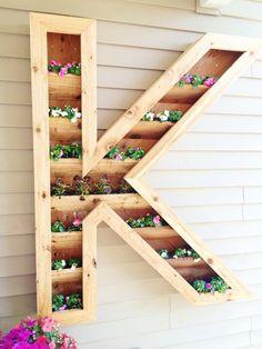 Remodelaholic | DIY Monogram Planter Tutorial