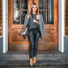 Sylvie Meis Style, Stiletto Heels, Stilettos, Overalls, Duster Coat, Leather Pants, Going Dutch, Womens Fashion, Jackets