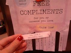 Een mooie vorm van aandacht en een leuke manier om contact te maken, is een compliment. Het is nog gratis ook!
