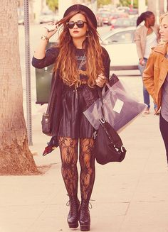 I love her and her style : )
