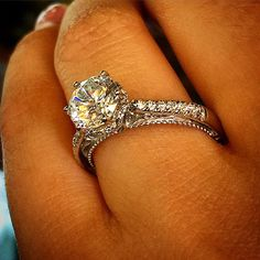 5 Reasons NOT to get a halo engagement ring