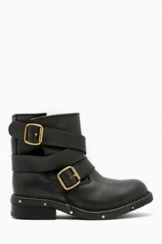 Brit Lo Boot by #JeffreyCampbell