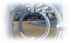 Playa de la Concha - San Sebastián (Gipuzkoa) #odalcaminar #educom1314 #playa Mirror, Furniture, Home Decor, Shells, Drive Way, Beach, Decoration Home, Room Decor, Mirrors