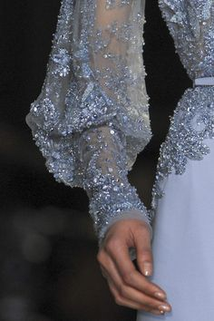 Elegant crystal embellished haute couture dress close up; sparkly fashion details // Elie Saab Source by clothes fashion haute couture Elie Saab Couture, Couture Mode, Haute Couture Dresses, Style Couture, Couture Details, Fashion Details, Couture Fashion, Runway Fashion, Fashion Show