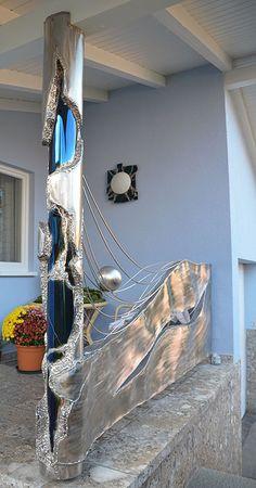 GAHR | Applied Art in Stainless Steel | balcony railing