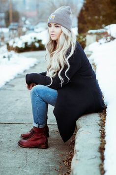 blonde, red boots, winter style, winter senior picture, winter looks, fall outfits, winter outfits, winter fashion, hat