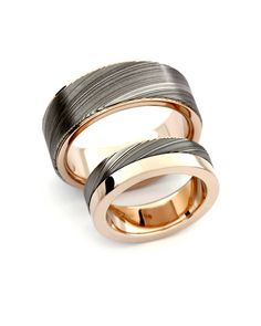 Damascus steel and 750 pink gold. Ring above is one of my most popular men's ring, since Design Petri Pulliainen Damascus Ring, Damascus Steel, Pink And Gold, Rings For Men, Wedding Rings, Engagement Rings, Popular, Nice, Couples