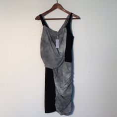 NEW! Helmut Lang Dress with Graphic Print size 6 Brand new with tags. This dress is fab but doesn't fit me so I'm listing it for sale. Tags says size 6 but fits more like a 4. I can't model it because it's too small for me. The black part of this dress is knit and has some stretch. Helmut Lang Dresses