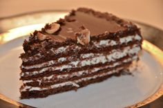 Spartak cake - Delights Of Culinaria Chocolate Deserts, Cake Chocolate, Russian Desserts, Delicious Desserts, Yummy Food, Classic Cake, Cookie Desserts, No Bake Cake, Cupcake Cakes