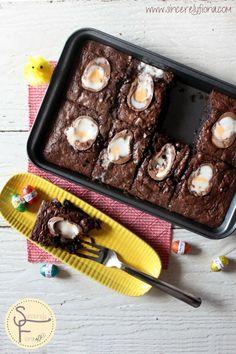 Creme Egg Brownies #Easter #dessert