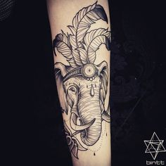 Artist : Chris Bint #tattoo #tattooist #elephant #feather #geometry #tattoos #arm #tattooartist #animal #dotwork #picoftheday #lifestyle #studio #dream #amazing #life #ink #inked #tatouage #tatuaje #illustration #indian #follow #draw #sorrymummytattoo