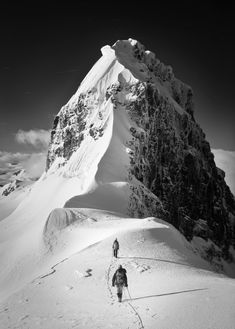 The intimidating north ridges of Lyell 4 and Lyell 5 loom ahead, Alberta/British Columbia, Canada. Paul Zizka Photography