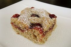 Linzer Schnitten Linzer Schnitten (recipe with picture) by Baking Recipes, Cookie Recipes, Healthy Breakfast Smoothies, Cake & Co, Fabulous Foods, Cakes And More, Sweet Recipes, Sweet Tooth, Food Porn