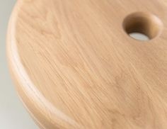 BUZZIMILK OUTDOOR   Alain Gilles for Buzzispace. -  stool wood outdoor massive poof milk living room office
