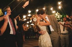 Brides: you've planned a grand entrance, but what about your grand exit? You can make a great last impression in style with a wedding sparkler send-off, one of the hottest summer outdoor wedding tr...