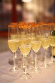 Signature cocktail – sparkling cider cocktails
