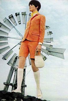 1960's fashion - short's suit