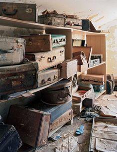 Mental Asylum, Insane Asylum, Abandoned Asylums, Abandoned Places, Old Buildings, Abandoned Buildings, Psychiatric Hospital, Abandoned Hospital, Cool Stuff