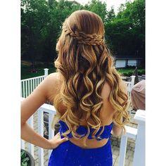 #ομορφια  #χτένισμα #μαλλια #μαλλιά #μελαχρινή #μπουκλες #μπούκλες #χτένισμα #χτενισμα