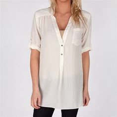 """AS REBECCA BLACK INFAMOUSLY SAID """"ITS FRIDAY, FRIDAY, FRIDAY""""……AND EVEN THOUGH THE TEMPERATURE HAS DROPPED TO A FALL LIKE DEGREE YOU CAN STILL ROCK A WARMER SUMMER LOOK. ZOA'S ROLE SLEEVE TUNIC IS THE PERFECT SHIRT PAIRED WITH JEANS OR LEGGINGS. ITS CASUAL BODY PAIRED WITH THE RIGHT NECKLACE OR EARRINGS IS THE PERFECT CASUAL FRIDAY WORK LOOK!"""