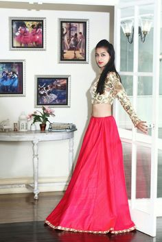 Elegance is our second name! Sakshma Shetty from The Style Play in the beautiful red lehenga with the gold embellished crop top