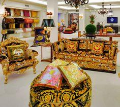 versace home collection Casa Versace, Versace Home, Gianni Versace, Vintage Interior Design, Interior Design Inspiration, Luxury Rooms, Luxury Interior, Versace Furniture, Beautiful Houses Interior