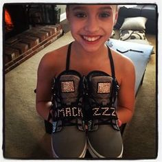 Mackenzie and her new sneakers Chloe And Paige, Maddie And Mackenzie, Mackenzie Ziegler, Maddie Ziegler, Dance Moms Christi, Dance Moms Snapchat, Style Hip Hop, Mack Z, Dance Mums