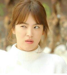 JM Song Hye Kyo Hair, Song Hye Kyo Style, Song Joong Ki, Korean Actresses, Korean Actors, Korean Dramas, Autumn In My Heart, Descendents Of The Sun, Cute Songs